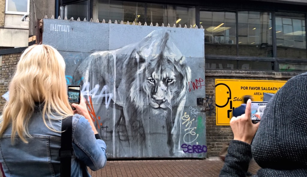 Faith47 - Lioness mural - Emma Inks