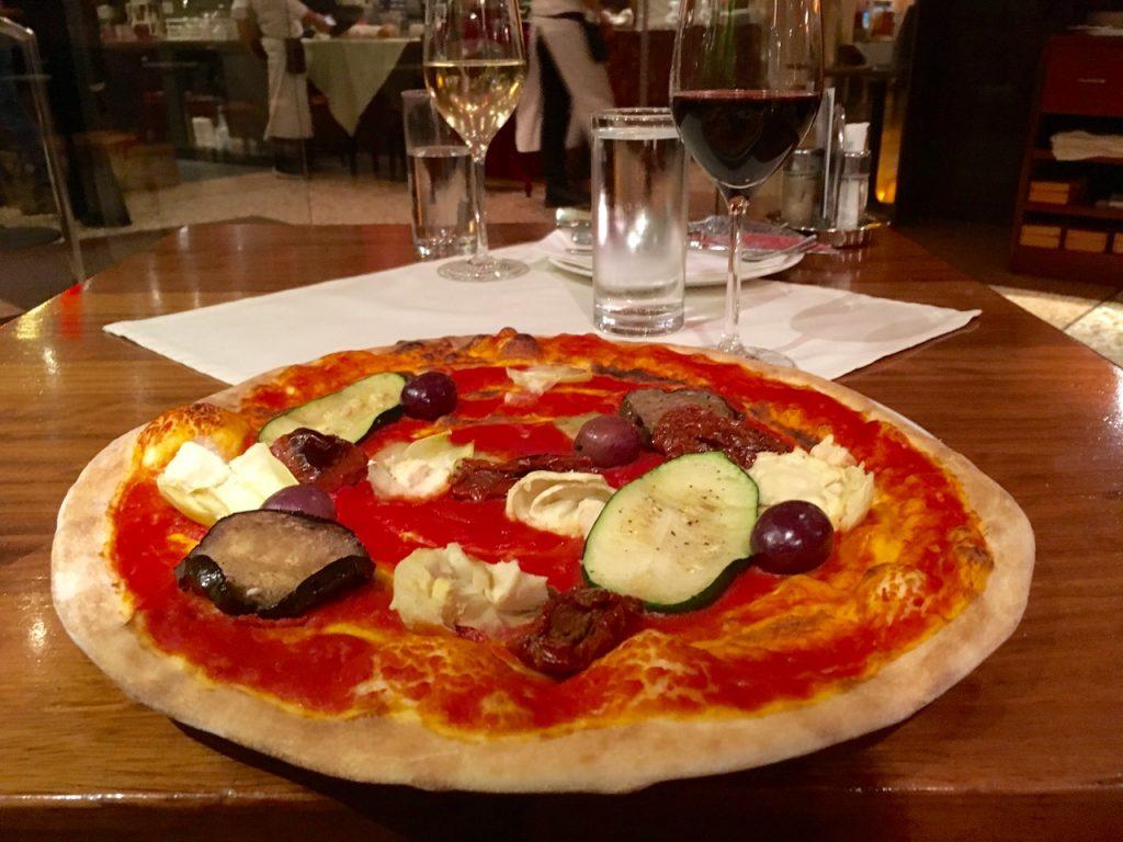 Pizza Vienna