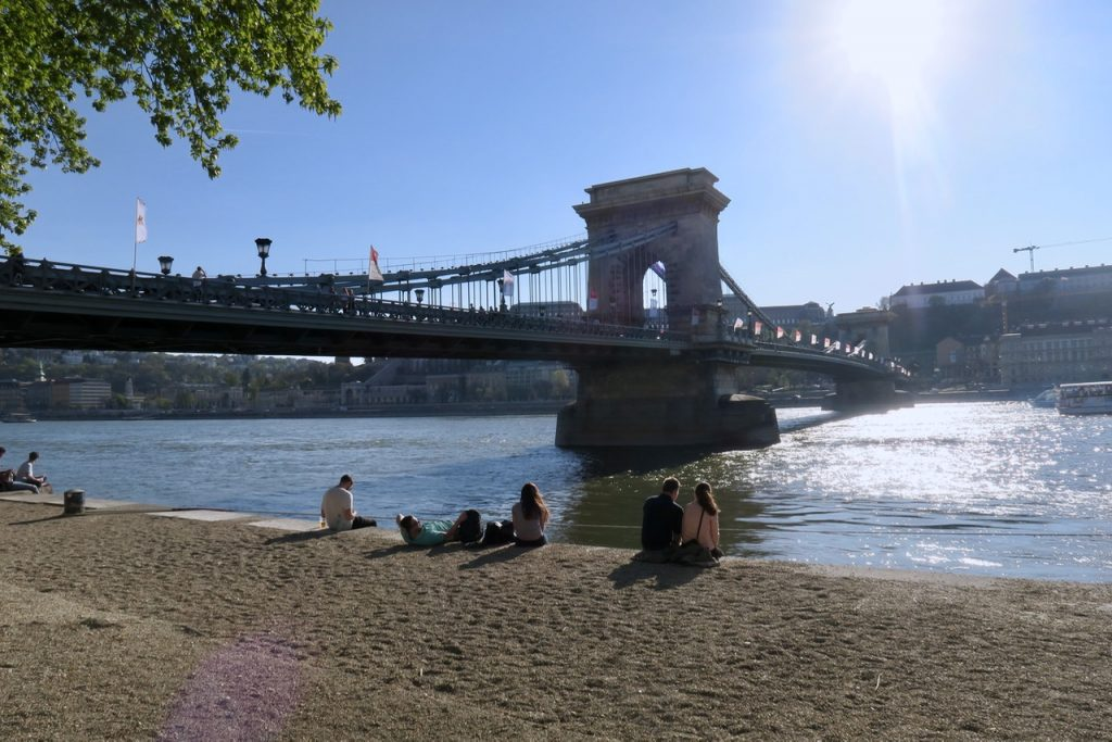 Chain Bridge Budapest Emma Inks