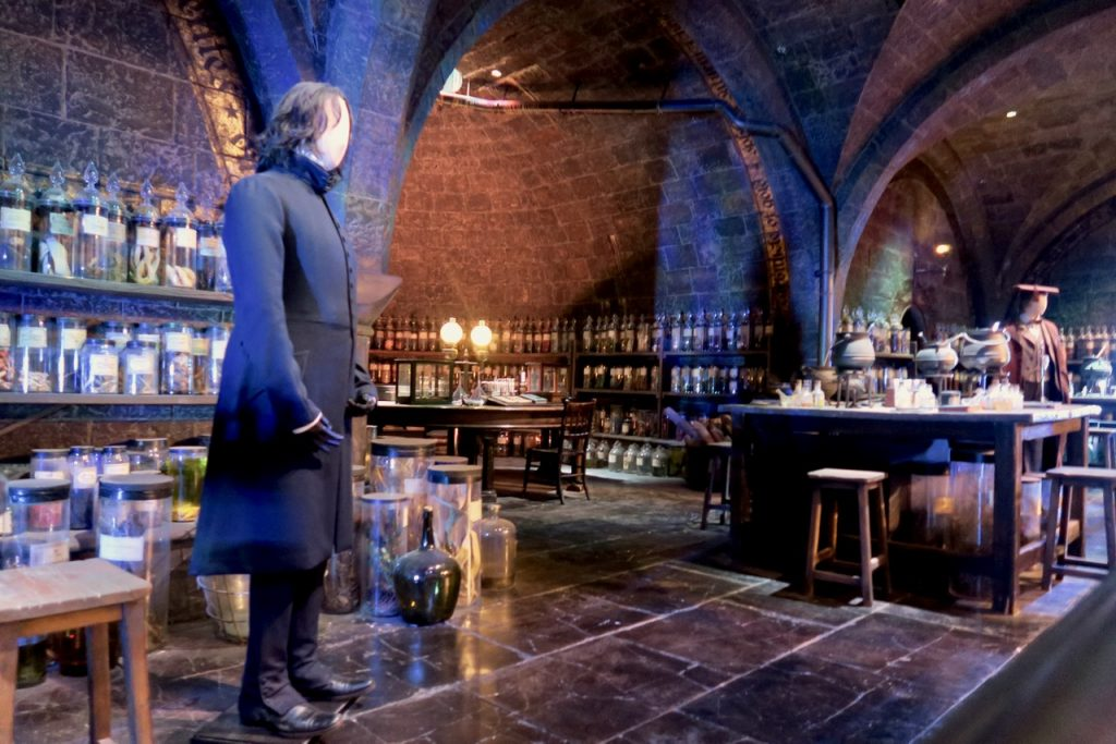 Snape potions lab Harry Potter
