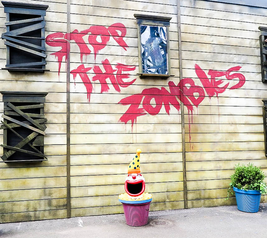 Stop The Zombies Luna Park