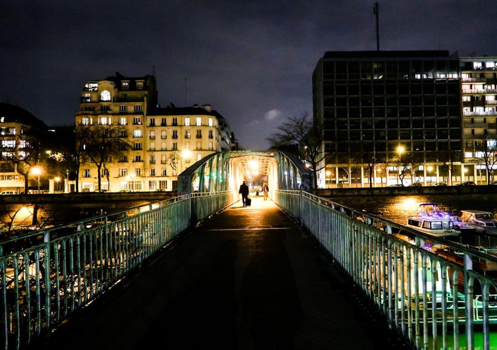 Night walking in Paris